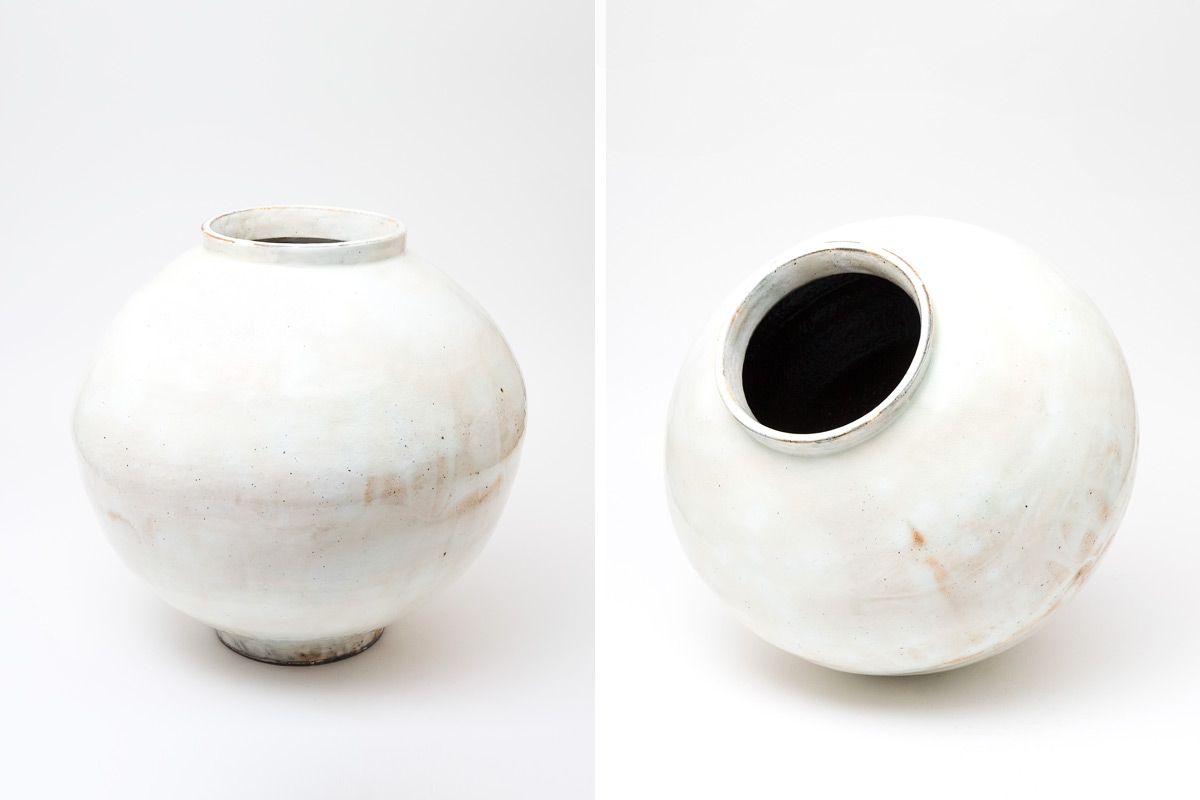 kang-hyo-lee-moon-jars-pair